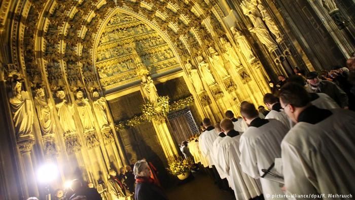 Informe de Iglesia católica alemana revela miles de abusos sexuales desde 1946