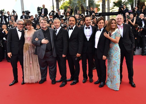 El-dream-team-de-Mexico-desfila-en-la-alfombra-roja-de-Cannes