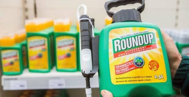 Monsanto deberá pagar 1.800 millones a una pareja que contrajo cáncer por el glifosato