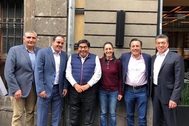 Cierran filas gobernadores de Morena con AMLO