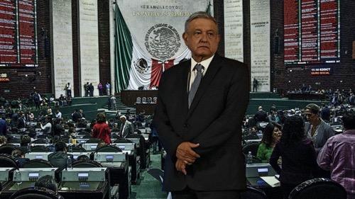 A dos años del triunfo de AMLO en las elecciones: el balance de diputados y senadores sobre la 4T
