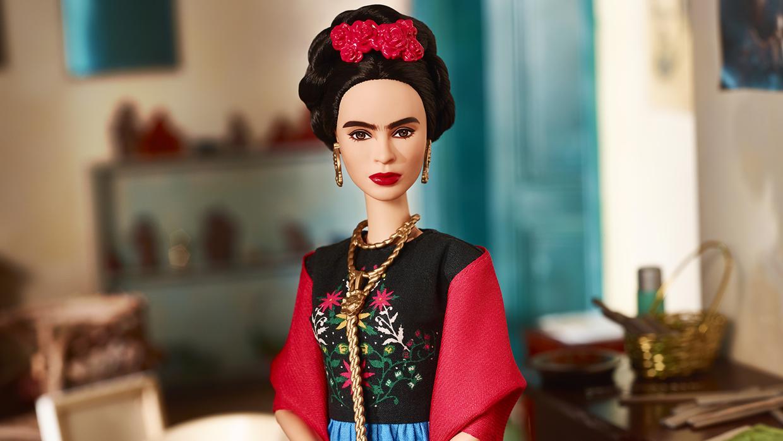 La lucha sin cuartel por la marca Frida Kahlo que ha destapado la Barbie de la artista