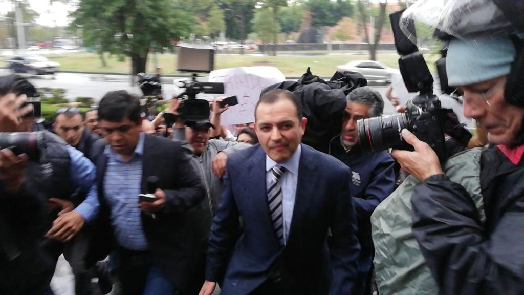 El panista Ernesto Cordero denuncia a Ricardo Anaya ante la PGR