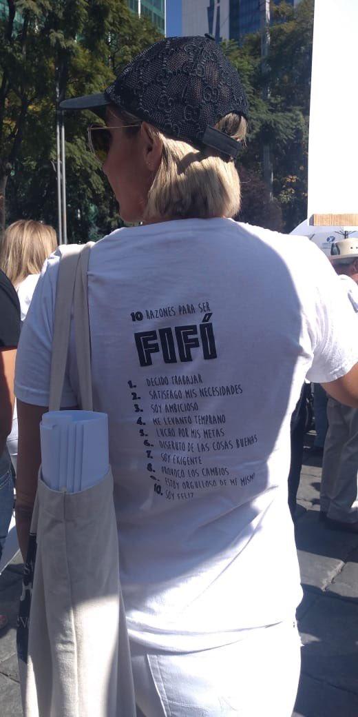 La polémica camiseta de la marcha fifí que indigna en redes