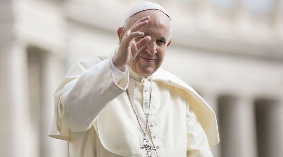 El Papa desea que el Mundial de Fútbol se convierta en ocasión para la paz entre las naciones