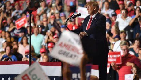 Trump intenta cortejar a los votantes hispanos en Nuevo México