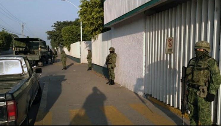 Control militar en instalaciones de gasolina en el país