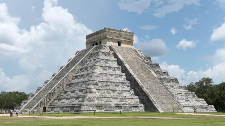La cueva inundada más grande del mundo está debajo de la pirámide maya de Kukulkán