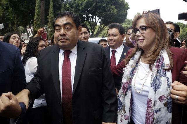 Presenta Barbosa impugnaci�n para anular elecci�n de Puebla