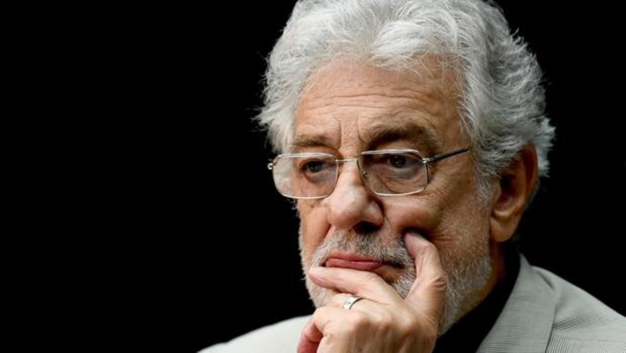 Plácido Domingo, acusado de acoso sexual, según Associated Press
